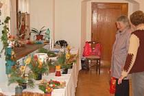 radiční  prodejní výstava prací žáků v Horšovském Týně si získala velmi dobrou pověst. Krásné a přitom velmi levné výrobky, se tu dlouho neohřejí.