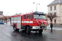 Nové zásahové hasičské vozidlo Tatra 815–2 mají nyní k dispozici kdyňští hasiči.