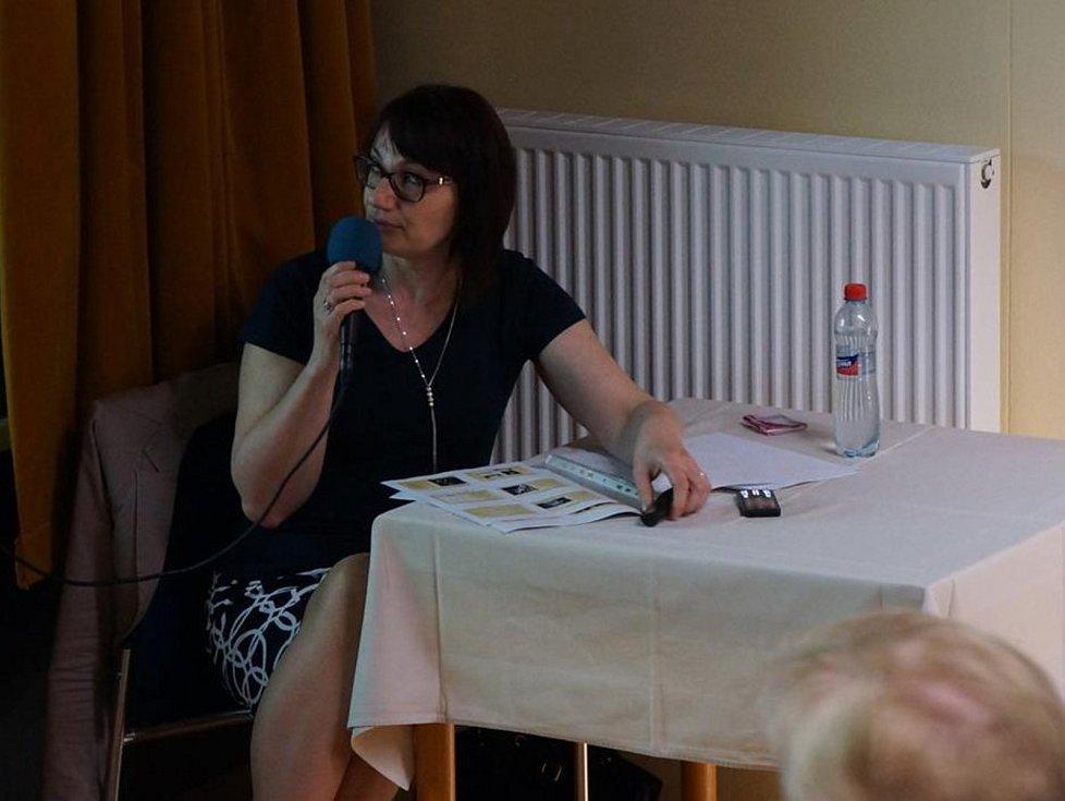 Přednáška Radky Kinkorové popsala nelehkou válečnou dobu.