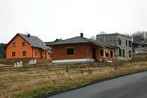 V Luženičkách jsou kromě jedné všechny parcely prodány.