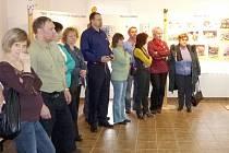 Vernisáží byla v neděli odpoledne  v Muzeu příhraničí ve Kdyni zahájena výstava Pionýr 20 let.