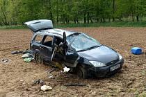 Z havárie Fordu Focus před obcí Otov.