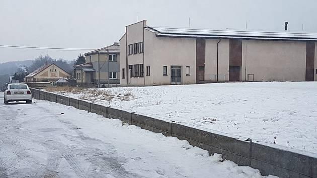 Základy pro nové hřiště pod Lidovým domem.