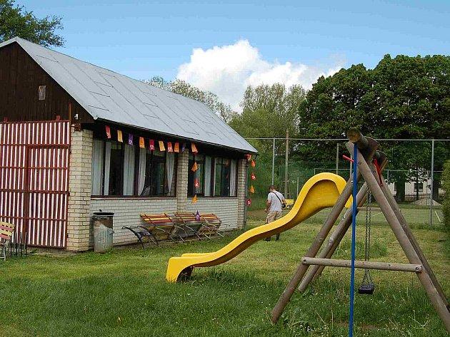 Koupaliště v Hluboké bude v pátek otevřeno.