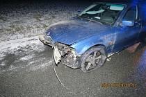Nehoda BMW v Meclově.