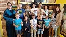 Třeťáci ze školy v Chodově se ocitli v kouzelném světě Harryho Pottera.