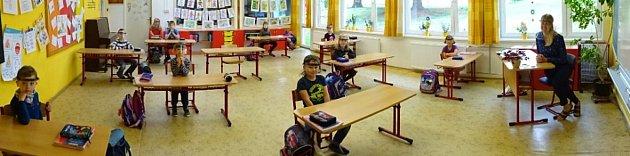 Škola vKolovči ožila.