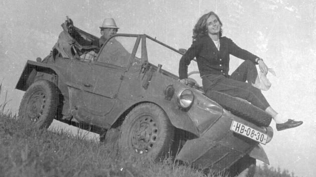 Zdeňka Prachařová na snímcích z roku 1965.