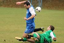Fotbalisté Meclova nevstoupili do jarní části soutěže dobře. Po prohře v Mrákově padli doma s posílenou Chodovou Planou.