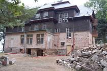 Rekonstrukce budovy bývalé zotavovny na Vavřinečku.