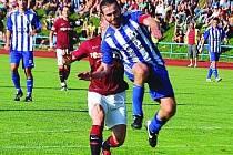 Stoper Michal Tesař v pohárovém utkání se Spartou Praha.