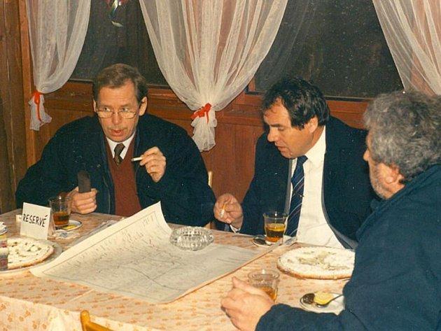 Václav Havel ve Vránově na Staňkovsku v roce 1991.