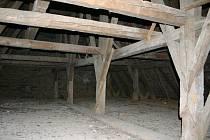 Historický krov v kostele sv. Vavřince.