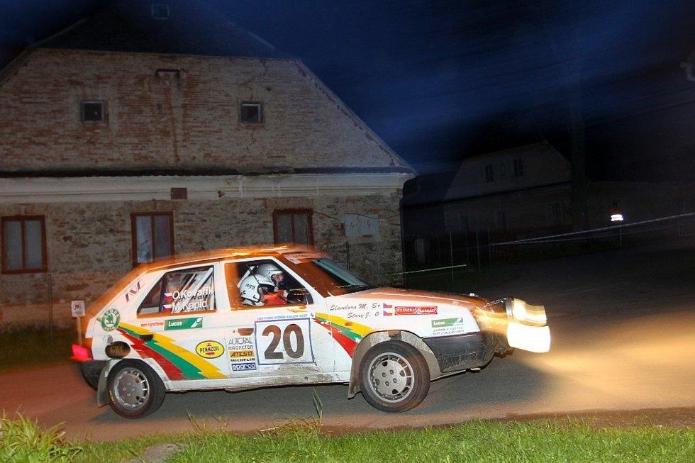 Oldřich Kovařík ml. – Marek Kapic (Škoda Favorit 136L): V deváté z 12 rychlostních zkoušek Vltavy nevydržela poloosa a chodovská dvojice musela odstoupit z 22. místa celkově a prvního ve třídě E1.