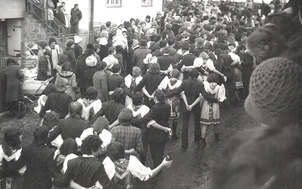 Postřekovský masopust v roce 1979.
