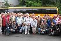 Kdyňští turisté na výletě do lázeňských měst.