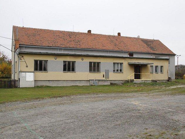 Bývalý Kulturní dům v Doubravě.