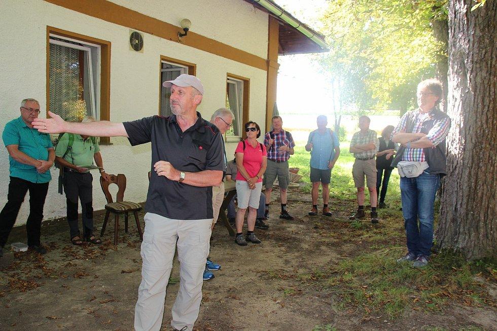 Turistická vycházka přes Maxov a zpět do Německa.