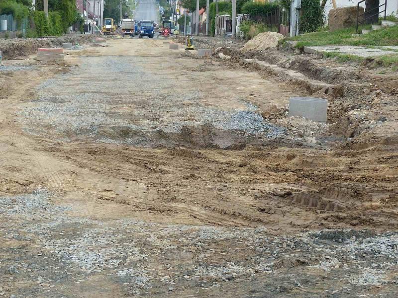 Z postupu prací při rekonstrukci silnice v Klenčí.