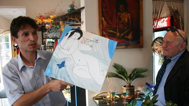 Vojtěch Fajfr (vlevo) s malířem Harry Pištěkem.