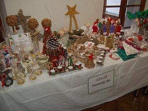 Z vánoční prodejní výstavy v Horšovském Týně.