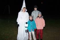 Bílá paní byla předposlední strašidlo před cílem. Slušelo jí to.