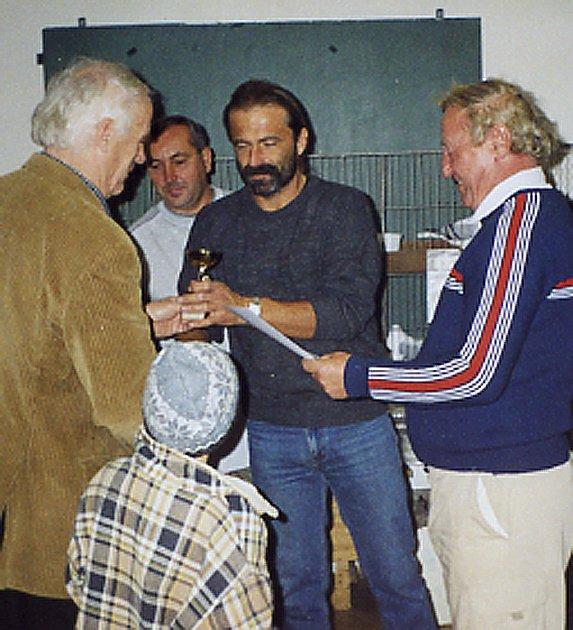 Milan Kacerovský získal za své holubi v Nezvěsticích cenu za nejlepší kolekci holubů a navíc je vlastníkem nejlepšího holuba výstavy.