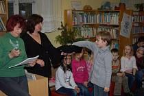 Z čtenářské soutěže žáků třetích tříd domažlických základních škol.