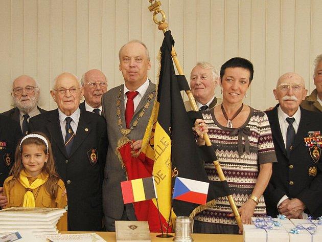 Návštěva belgických veteránů na radnici v Holýšově.