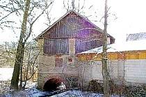 Nahošicemi protéká řeka Zubřina. Díky ní tu vznikla řada pěkných zákoutí. Foto: archiv OÚ Blížejov