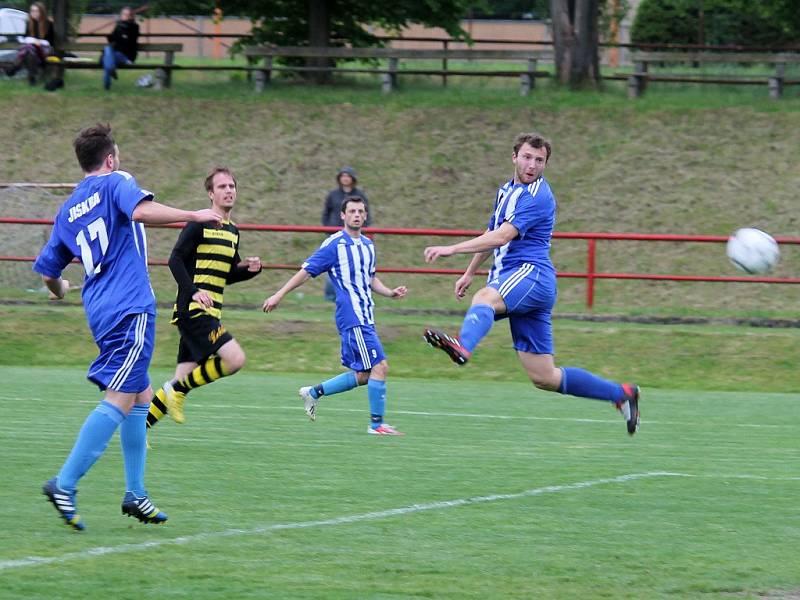 Stadion v Hrádku u Rokycan hostil finále Poháru PKFS mezi Chotíkovem a rezervou Domažlic.