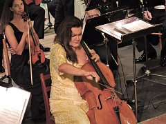 Violoncellové sólo při kdyňském koncertu patřilo Michaele Fukačové.