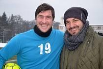 Domažlický útočník Pavel Fořt s novým sportovním manažerem Jiskry Tomášem Stehlíkem z Plzně.