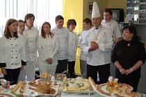 Závěrečný raut kurzu studené kuchyně na domažlickém učilišti.