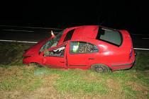 Havárie osobního auta u Miřkova.