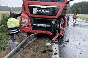 Nehoda u obce Březí.