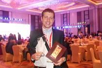 JOSEF HOFFMANN ze Stanětic si v Šanghaji přebral ocenění za svůj architektonický návrh.