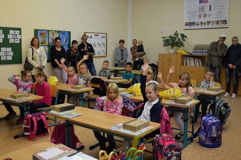 První školní den v ZŠ Bělá nad Radbuzou.