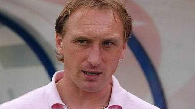 Trenér Zdeněk Bečka.