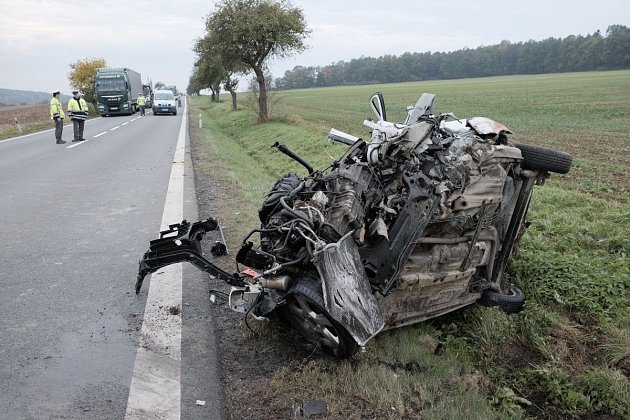 Nehoda mezi Semošicemi a Křenovy.
