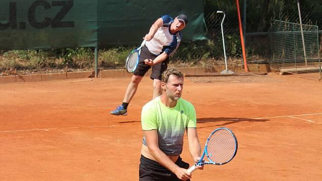 Ilustrační foto z loňského ročníku tenisového turnaje TJ Holýšov.
