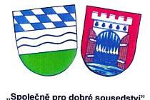 Znaky Furthu im Wald (zleva) a Klenčí pod Čerchovem jsou každoročně nedílnou součástí pozvánky na pěší pouť.