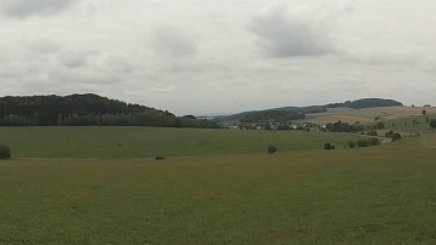 Ze zaniklé obce Šnory.