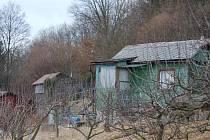 Opuštěné chaty lákají zloděje.