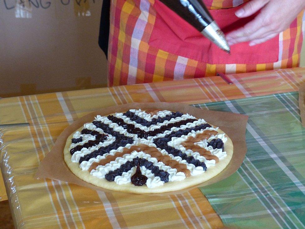 Jak se připravují a zdobí koláče na Horním Chodsku.