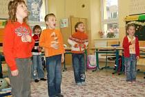 Pro výuku metodou splývavého čtení zvanou Sfumato se rozhodli na Základní škole ve Všerubech. Pomáhá mimojiné odstranit zaměňování písmenek u dyslektických dětí.