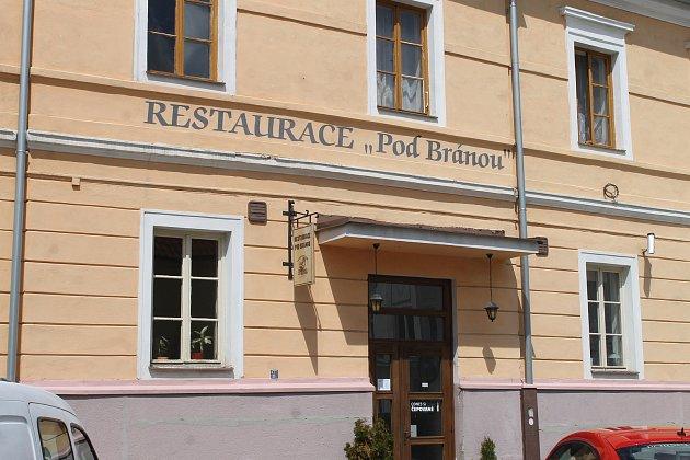 Restaurace Pod Bránou.