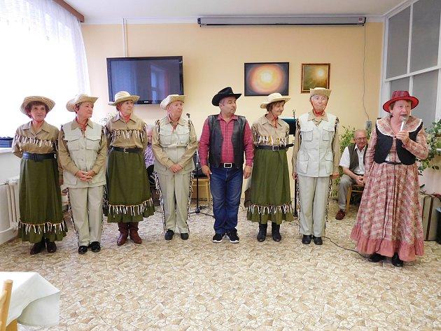 Z Václavské zábavy v domažlickém seniorském penzionu.