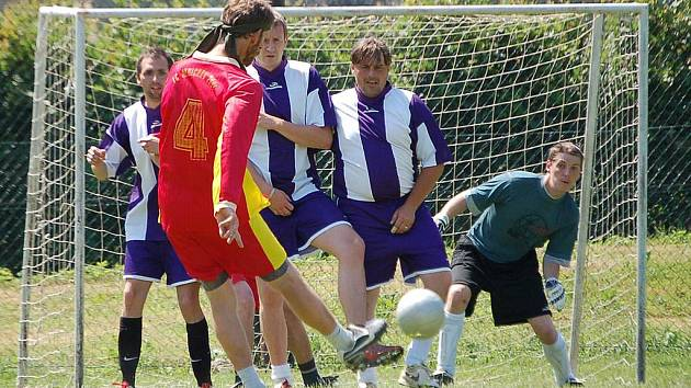 Z oslav 10. výročí existence FC Mnichov 2001.