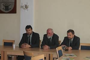 Z veřejného semináře v Domažlicích.